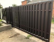 Ворота откатные с калиткой зашивка двустороння штакетником